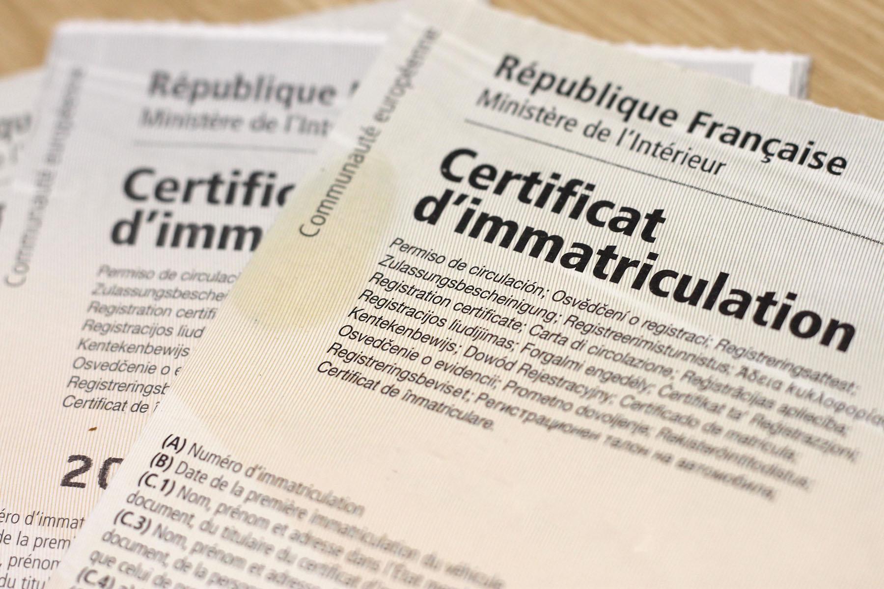 Image de carte grise - Certificat d'immatriculation
